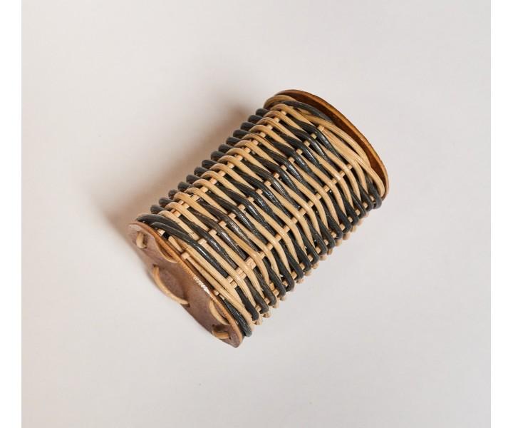 Rattan shaker cylinder
