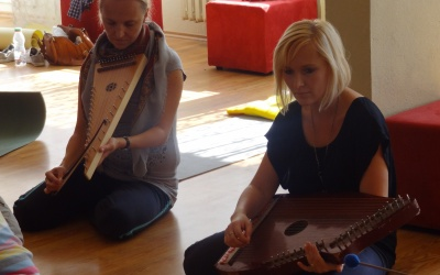 Creative music therapy