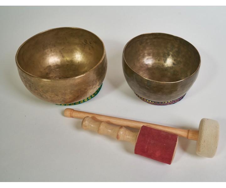 Set of 2 old himalayan bowls LN 68/2