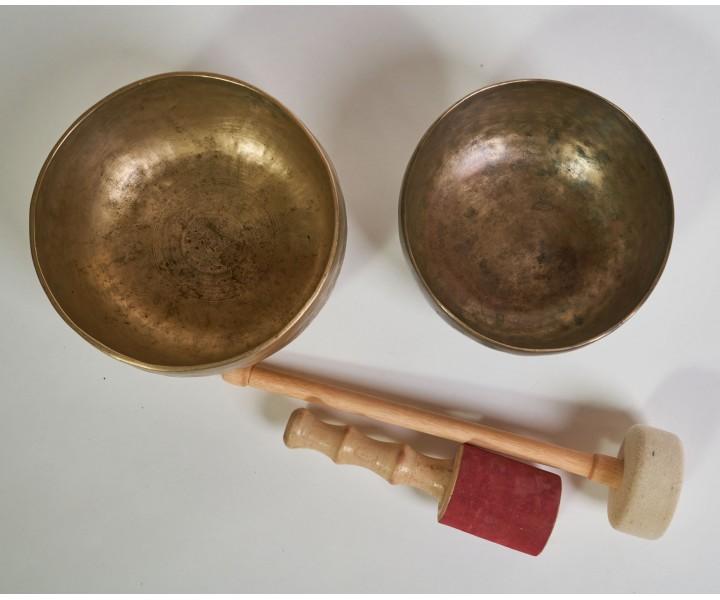 Set of 2 old himalayan bowls LN 71/2