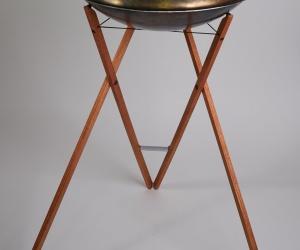 Standing handpan stand