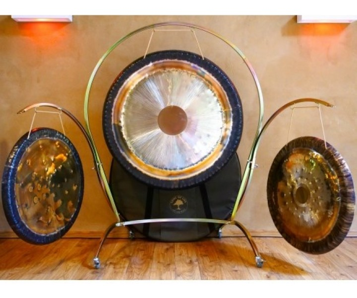 Arched Triple Gong Stand