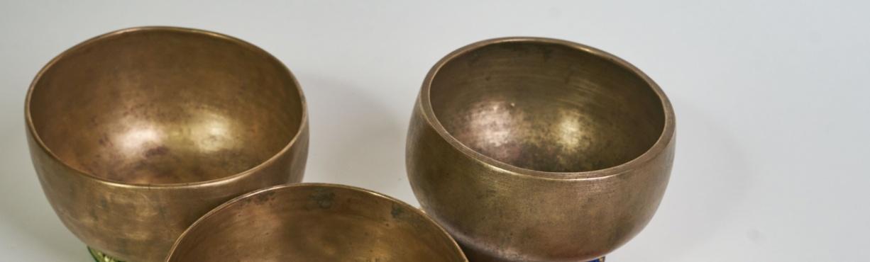 ANCIENT HIMALAYAN SINGING BOWLS