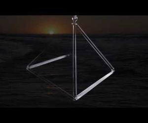 Crystal Pyramid 45 cm